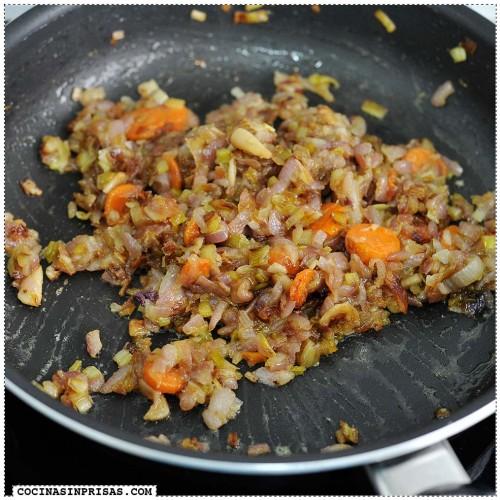 Tragaldabas Profesionales - Callos - Sofrito de verduras con harina